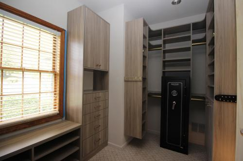Closets By McKenry Custom Closet